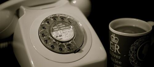 Telefon und kaffee